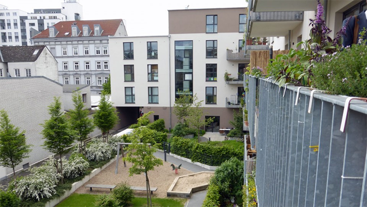 This development in Hamburg was commissioned by three groups – one for young families, one for single elderly women and one for people with dementia. Credit - Ted Stevens.