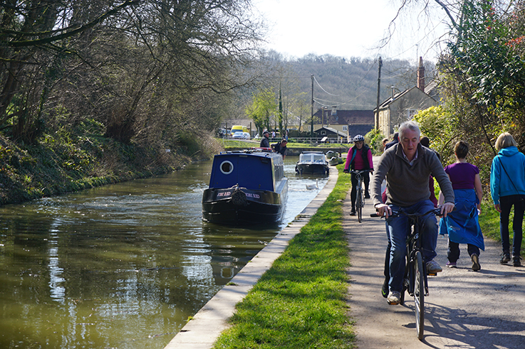 Adrienne is currently working at a narrowboat hire company on the Kennet and Avon Canal